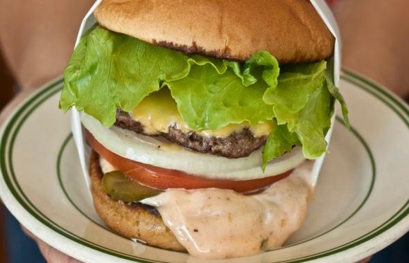 The Original Cheeseburger @ Pie 'n Burger